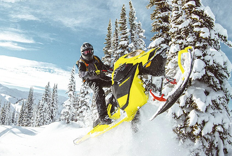 Ski-Doo launches world premiere technology with the Summit 850 E-TEC Turbo snowmobile